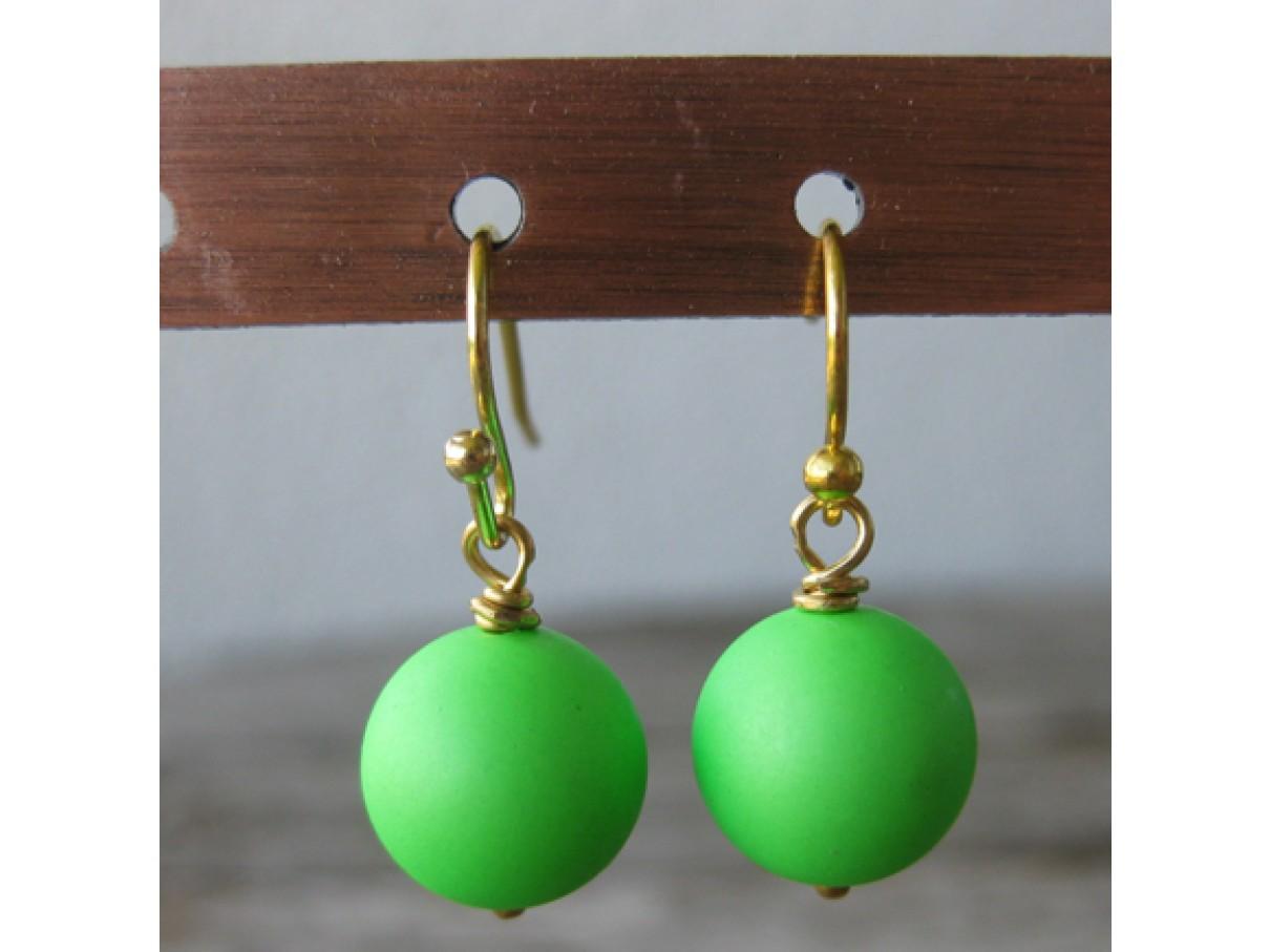 Øreringe frostet neon grøn crystal pearl, guld