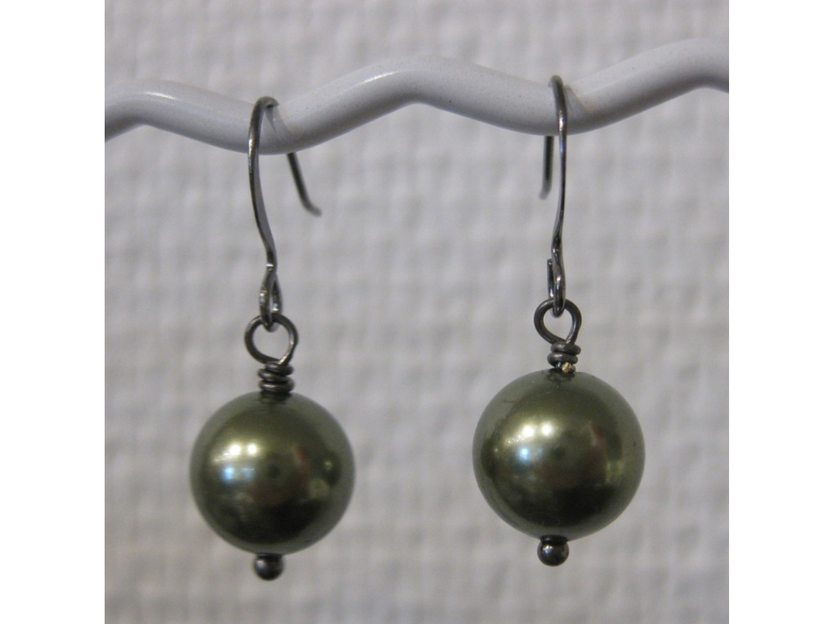 Øreringe, metallic grøn crystal pearl, gunmetal