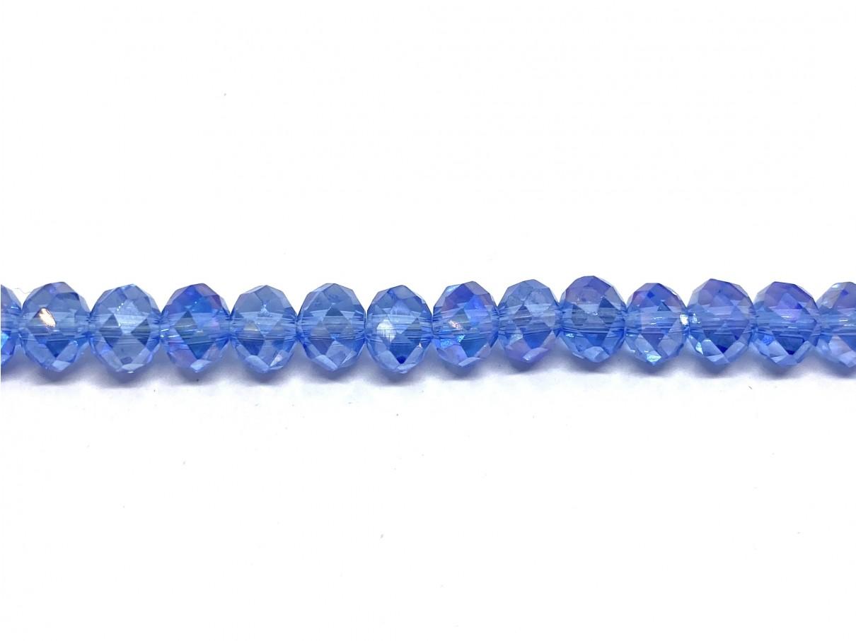 Klare lyseblå facetslebne glasperler