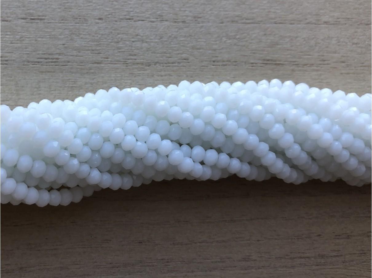facetslebne hvide glasperler
