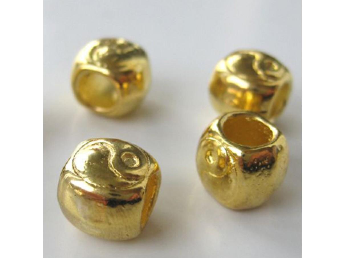 8x9mm forgyldte perler m. stort hul, 4stk-3
