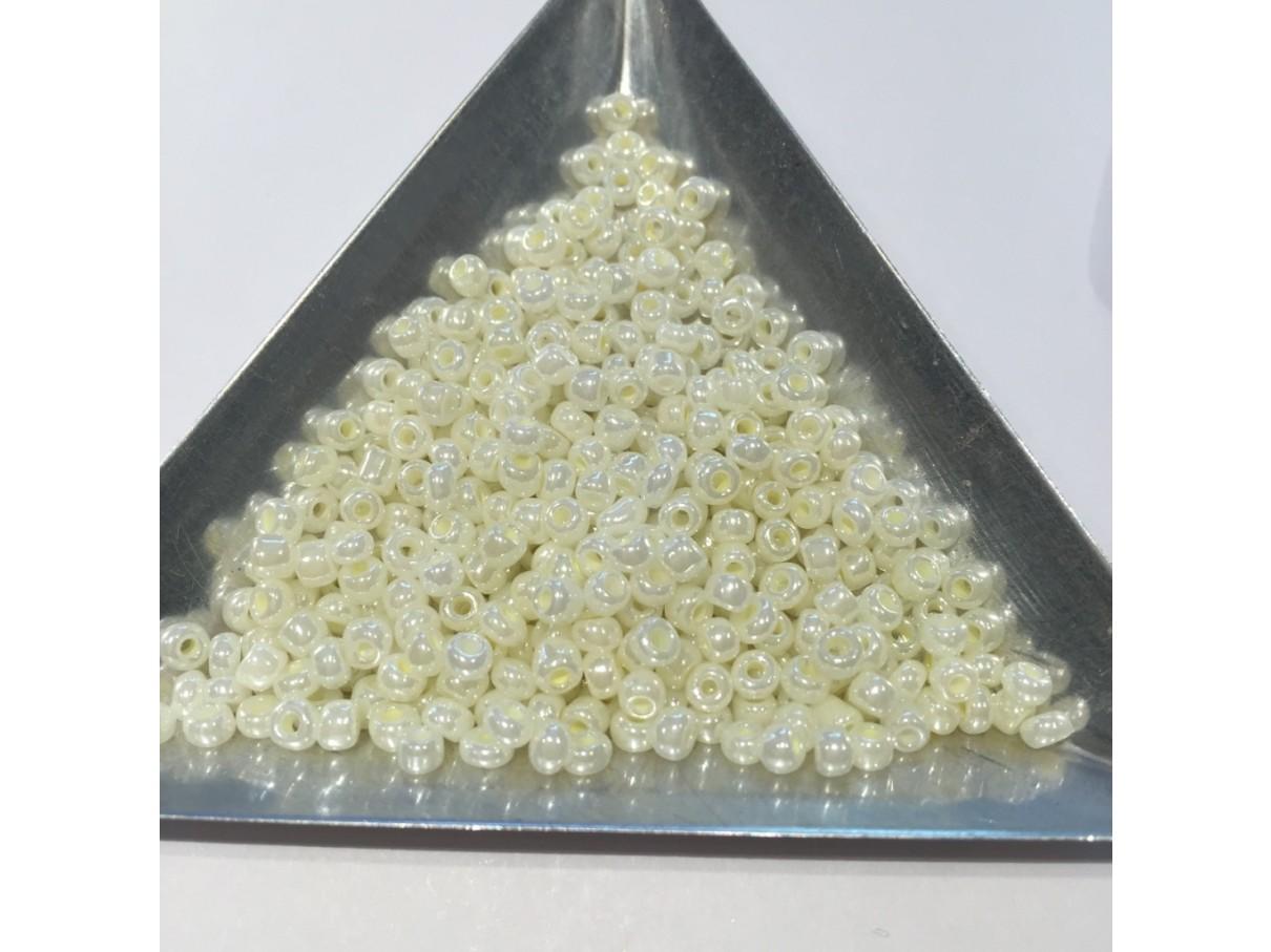8/0 Glas seed beads, lemon chiffon 2-3mm, 10g-07