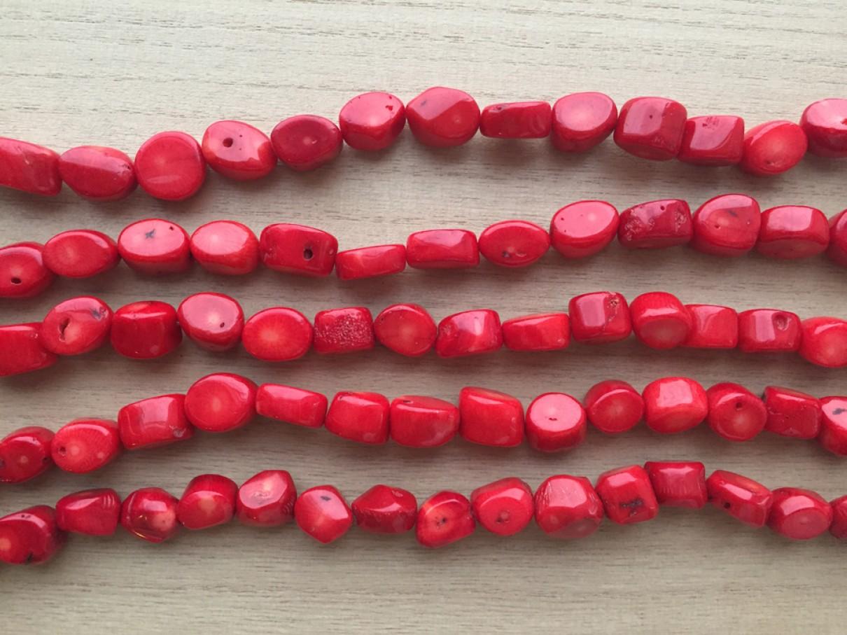Perler af rød koral