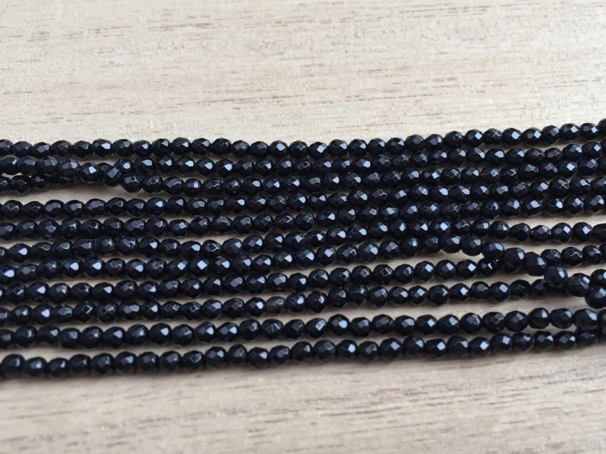 facetslebet onyx perler 2mm