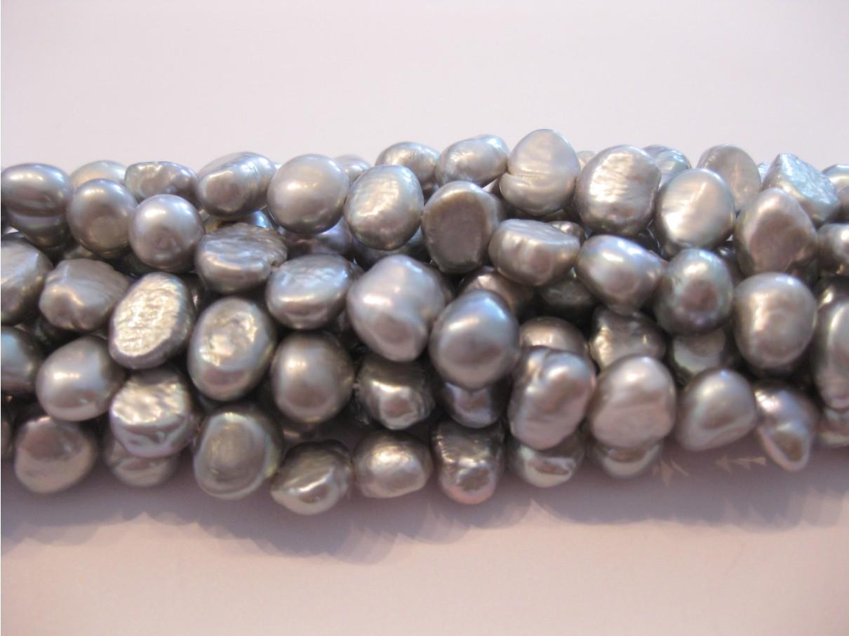 Ferskvandsperler, sølv-grå nugget 6-7mm, hel streng