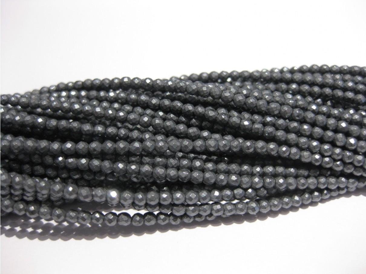 facetslebne perler af mat hæmatit