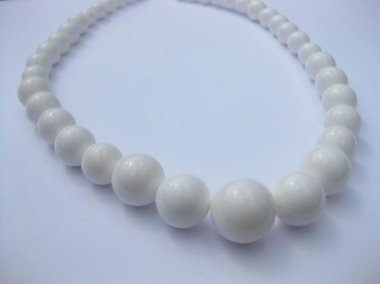 Hvide shell perler, gradueret rund 8-20mm-30