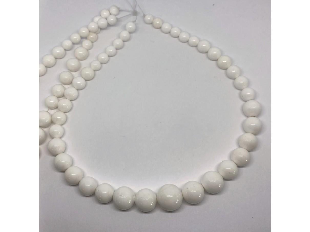 graduerede hvide perler
