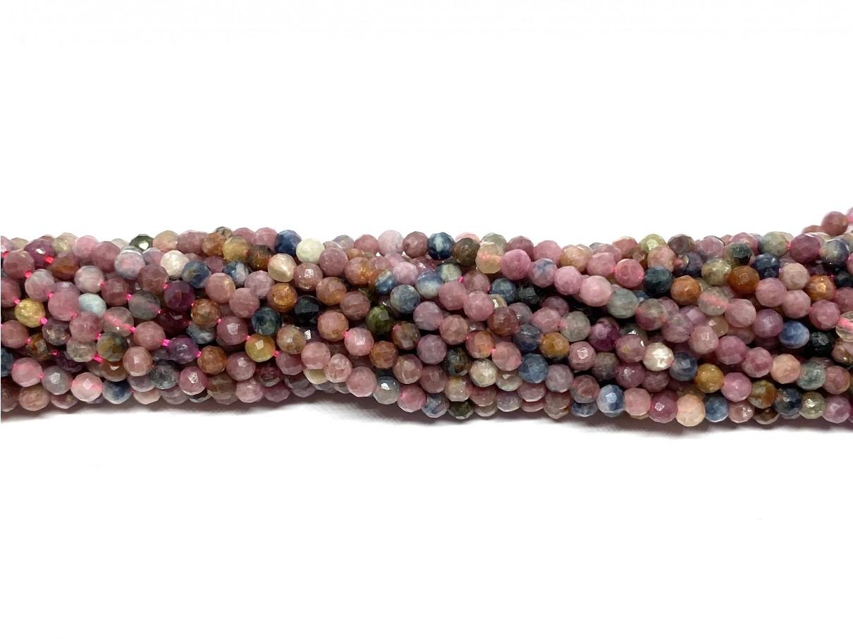 Corundum (Rubin & Safir), facetslebet rund 3mm, hel streng