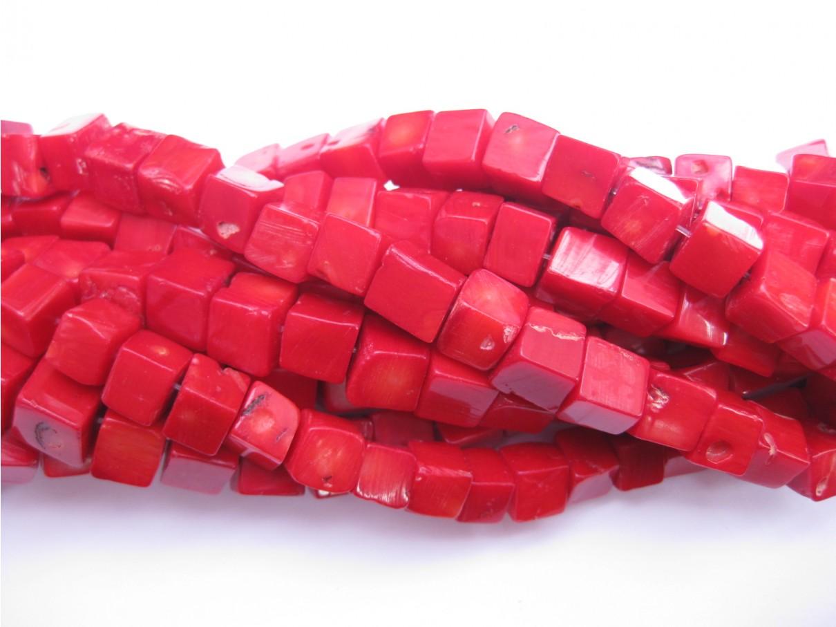 Rød koral, 10mm terninger