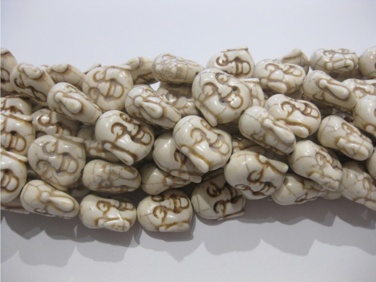 Hvide Buddha hoveder i syntetisk turkis 19x20mm