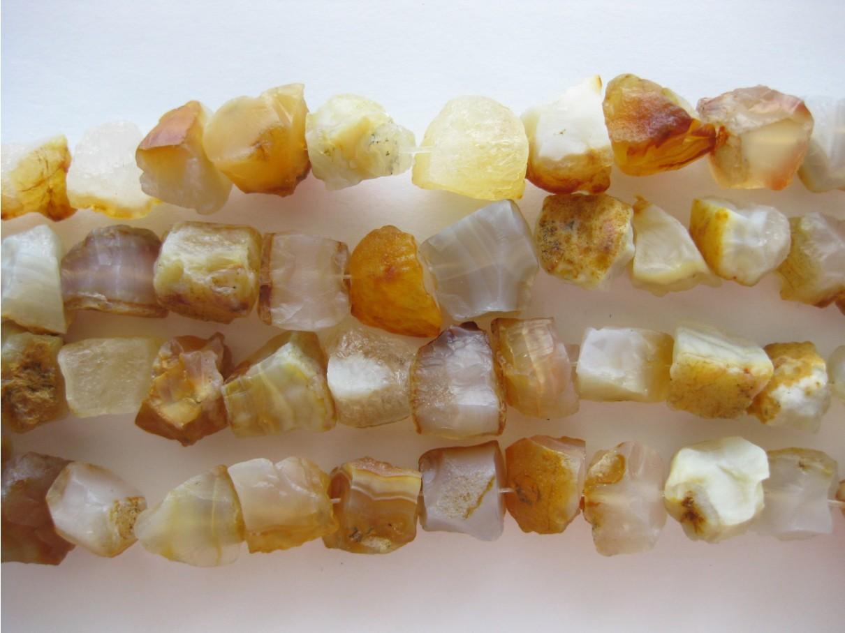 rå perler af karneol