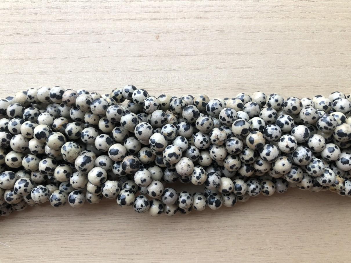 Dalmatiner jaspis, rund 8mm