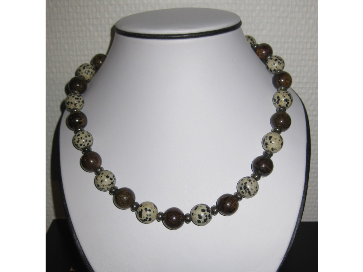 Halskæde, bronzite og dalmatiner jaspis