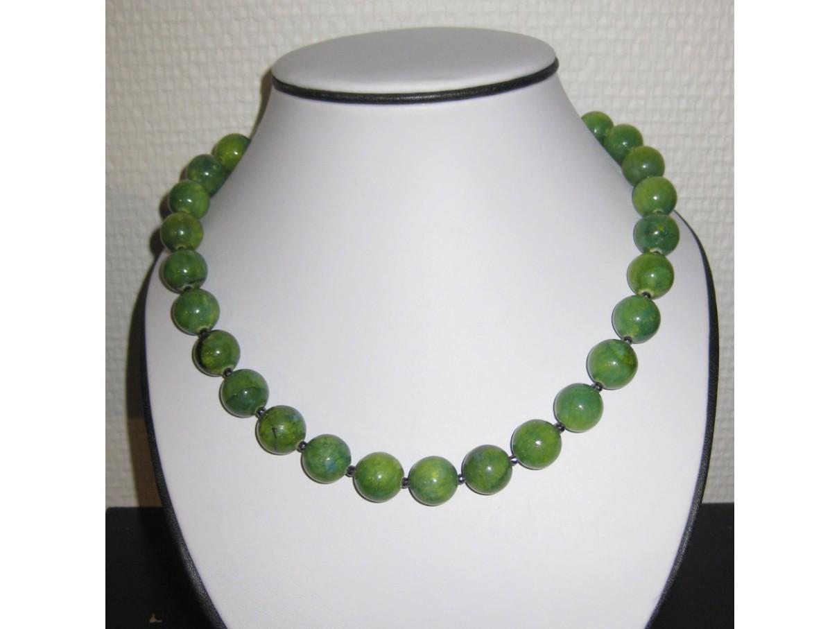 Halskæde, meleret grøn jade