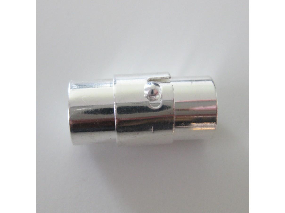 Magnet lås med 8mm hul, sølvbelagt