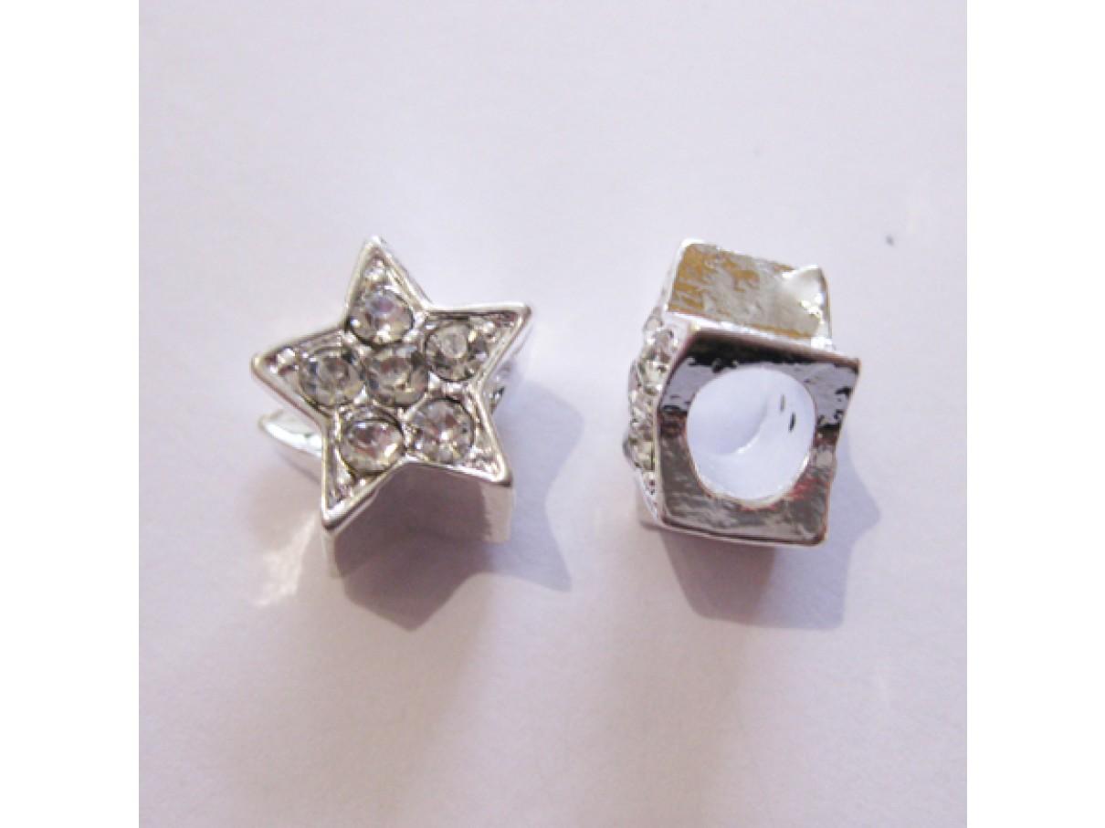 Sølvbelagt stjerne med rhinsten og stort hul