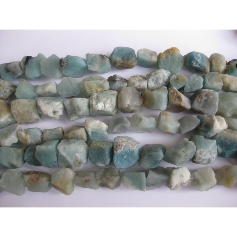 rå amazonit perler