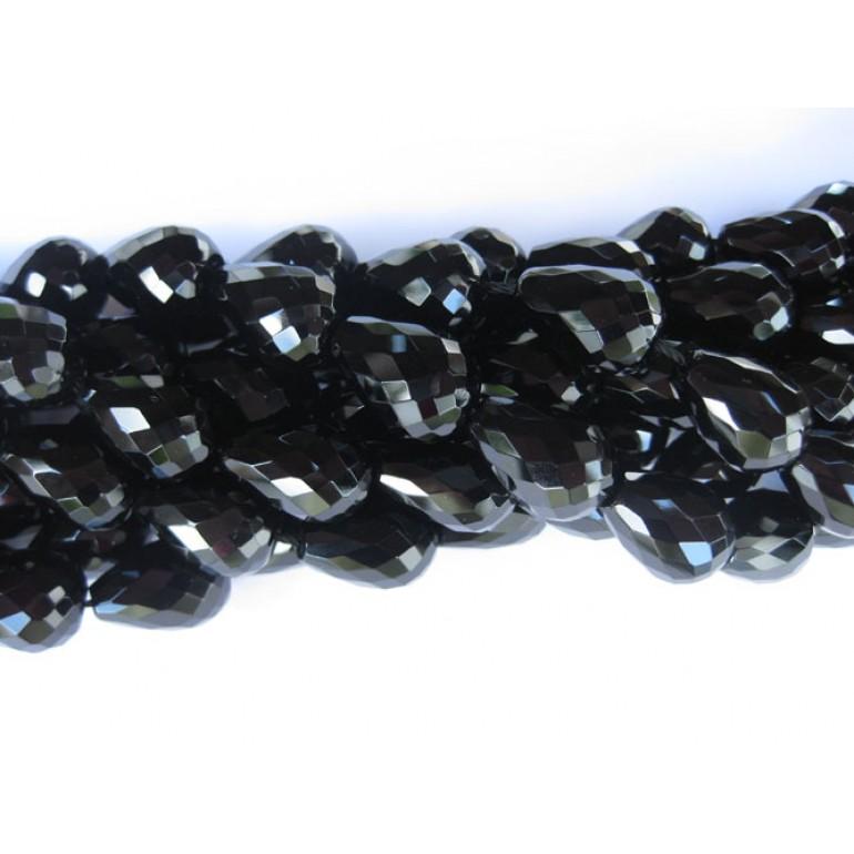 Onyx, sorte facetslebet rund dråbe 13x18mm-36