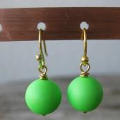 Øreringe frostet neon grøn crystal pearl, guld-20