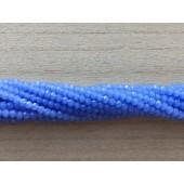 facetslebne blå perler