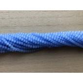 matte blå perler