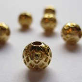 8mm forgyldte mønstrede runde perler, 4 stk-20