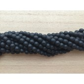 matte facetslebne sorte perler