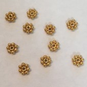 5mm blomster mellemperle i guldbelagt sterling sølv, 10 stk-20