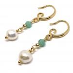 guld øreringe med smaragd pg ferskvandsperler