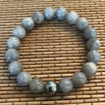 herre armbånd grå perler