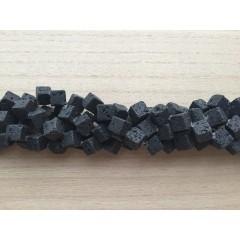 Lava, hjørneborede terninger 10mm, hel streng