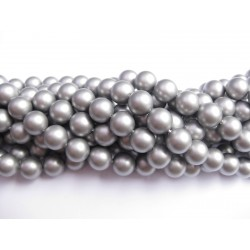 Frosted shell pearl, sølv-grå 6mm, hel streng