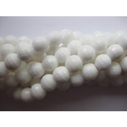 Hvid shell, facetslebet rund 6mm, hel streng